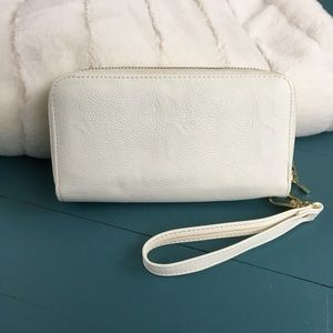 White Wristlet Wallet with Gold Zipper